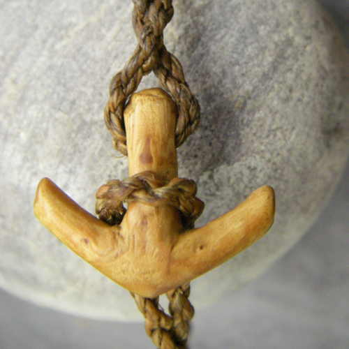 Photo : Fastening anchor for necklaces and bracelets